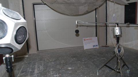 Getestet Schallschutztor - Peutz - Protec Industrial Doors