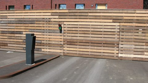 Torverkleidung passend zur Fassade - Spezialtor - Protec Industrial Doors