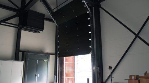 Schalldämmende Sektionaltor - Protec Industrial Doors