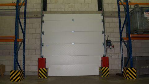 Sektionaltore mit Flüssigkeitssperre - ADR - Protec Industrial Doors