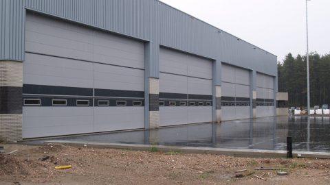 Sicherheitstor - Hangartor - Sektionaltor - Protec Industrial Doors