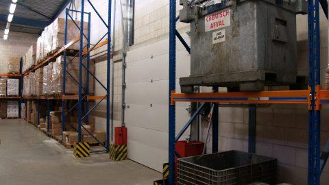 Flüssigkeitshaltende Feuertür; chemisches Containment und sekundäres Containment: ADR- und TÜV-Logistiktore