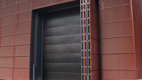Schallschutztore - Sektionaltore - Protec Industrial Doors